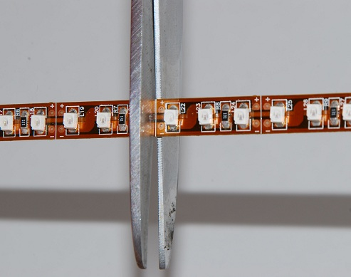 where to cut led strip lighthow to install solderless led connector