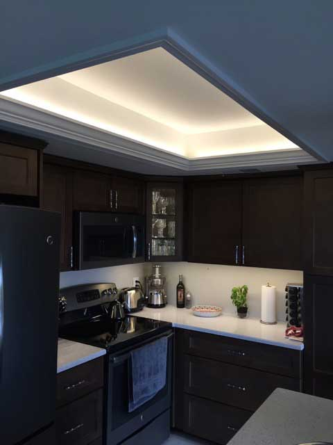 cove lighting in kitchen with LEDs.jpeg