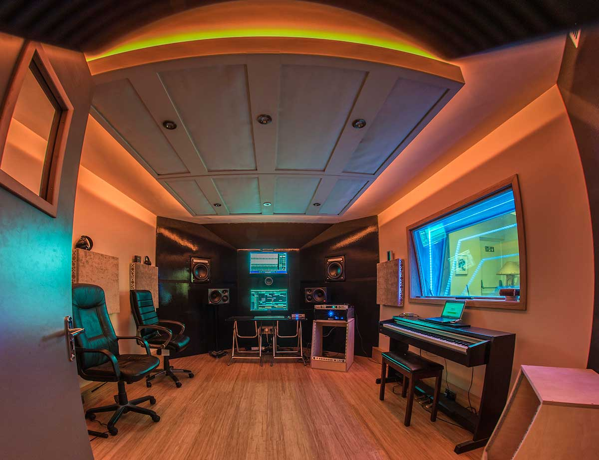 goldleaf music studio RGB LED lighting coves