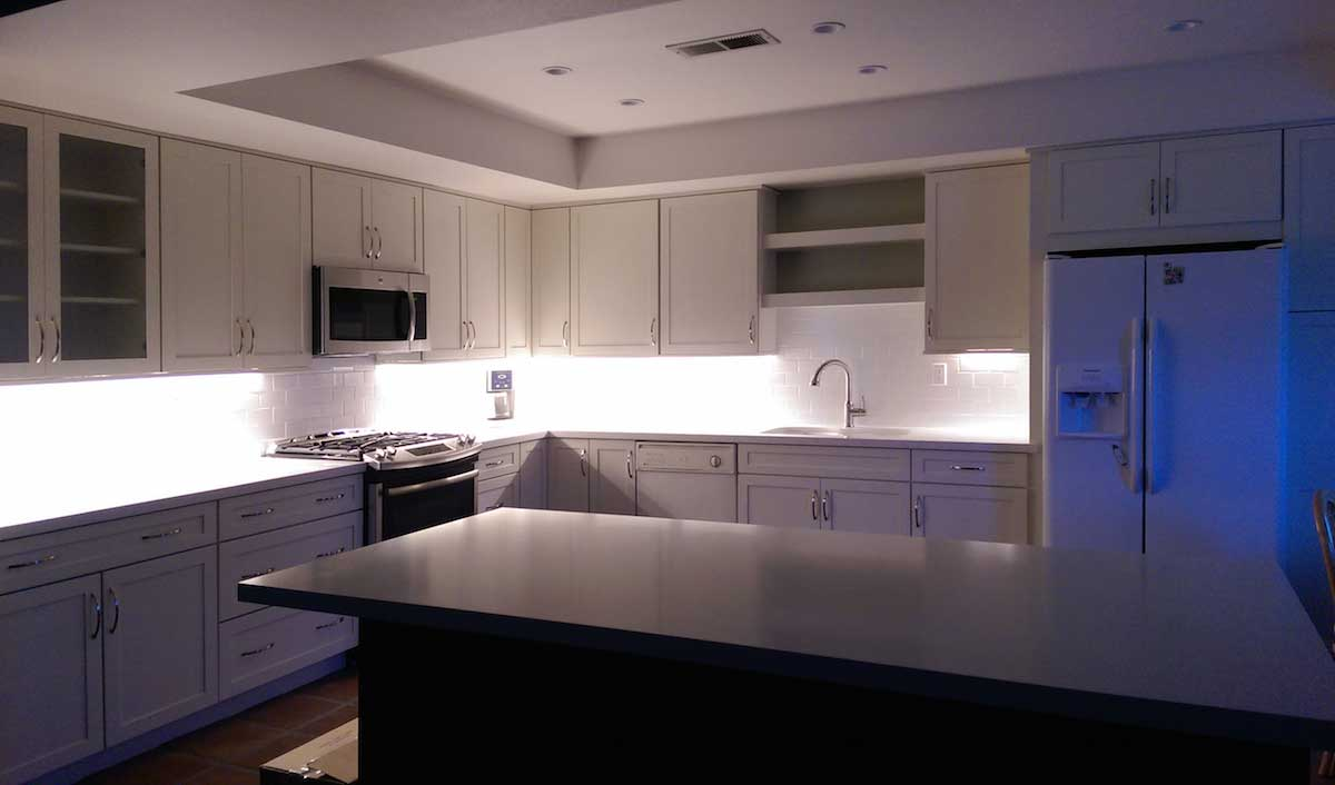 Linear Under Cabinet Kitchen Lighting With Leds