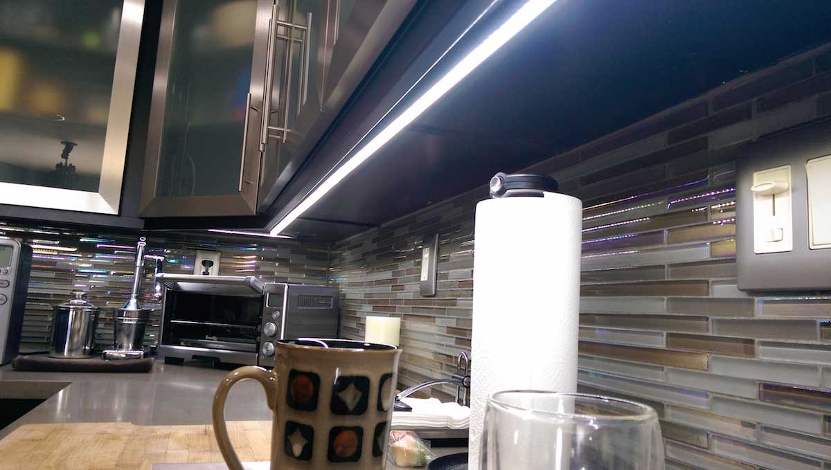 Modern linear kitchen lighting 01