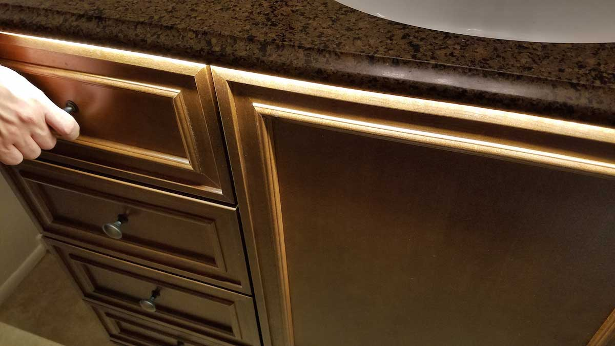 under counter lighting Modern